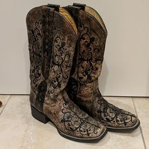 Corral Embroidered Square Toe Cowboy Boots